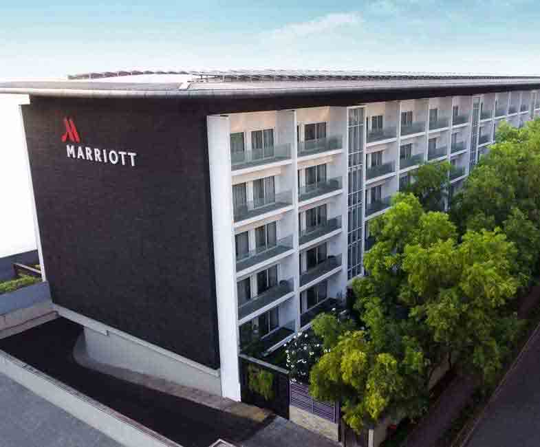 Escorts in Marriott Suites Hotel Pune